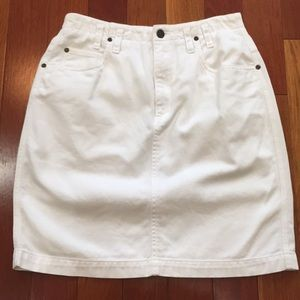 Liz Claiborne White Skirt